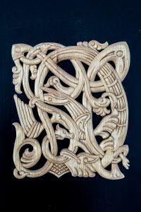 Relief inspireret af vikingerne